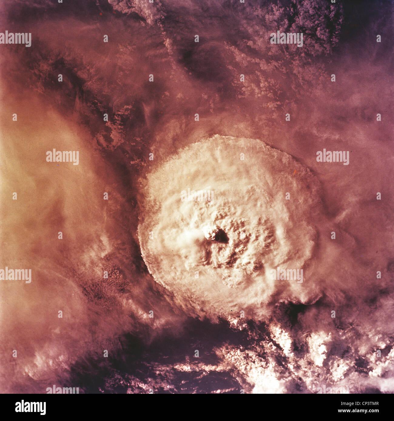 Meteorologie - das Auge eines Hurrikans auf dem Amazonas (Brasilien). Blick vom Satelliten. Stockbild