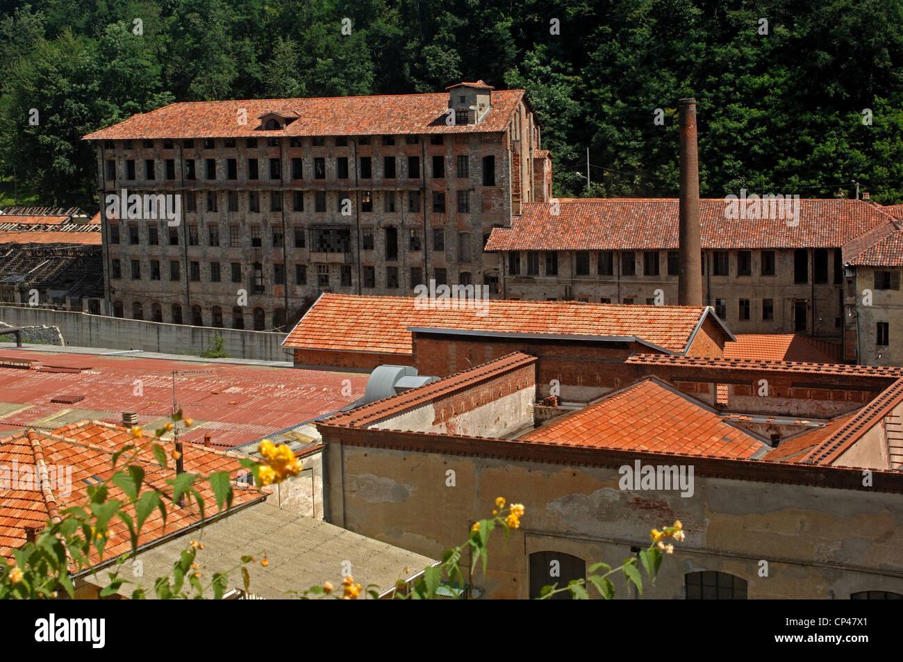 Piemont Biella. Gebäude der ehemaligen Mühle Maurizio Sella, archäologische Industriekomplex (XVII Stockbild