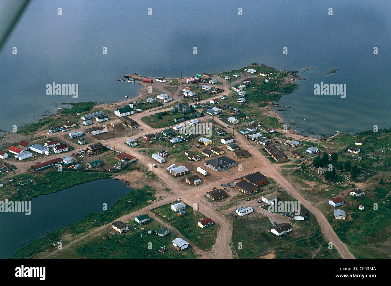 Canada - Northwest Territories - Fond Du Lac, Cree-Indianer-Dorf am Lake Athabasca. Luftaufnahme. Stockbild