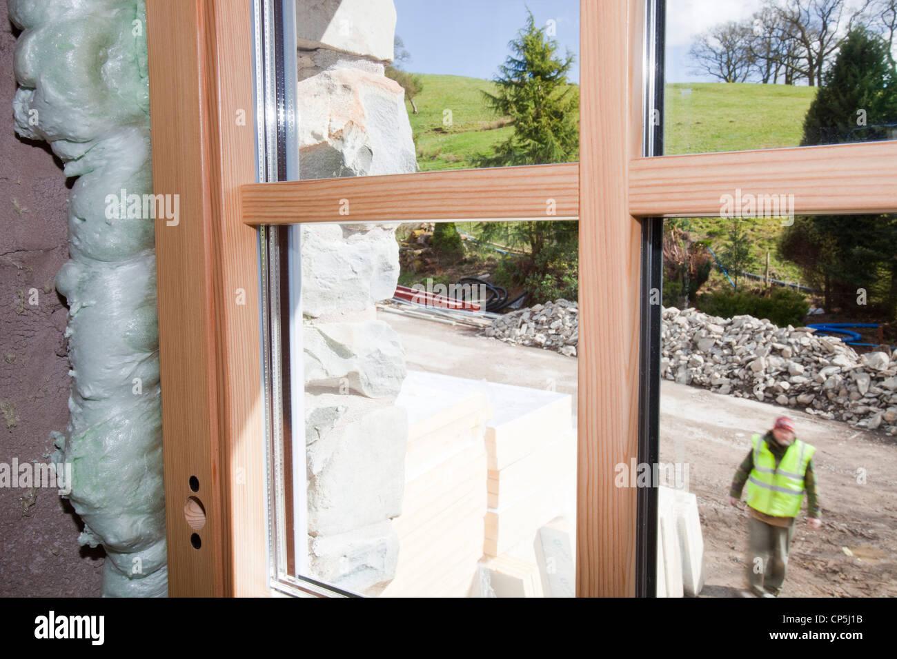 Dreifach verglaste Fenster in einem Passivhaus in Grayrigg, Kendal, UK. Stockbild