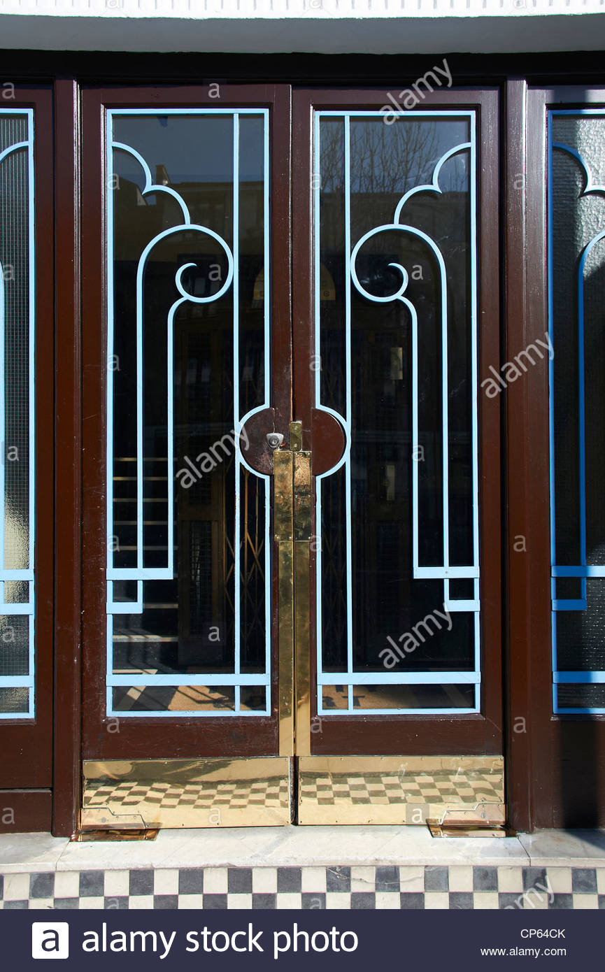 entrance art deco apartment building stockfotos entrance. Black Bedroom Furniture Sets. Home Design Ideas