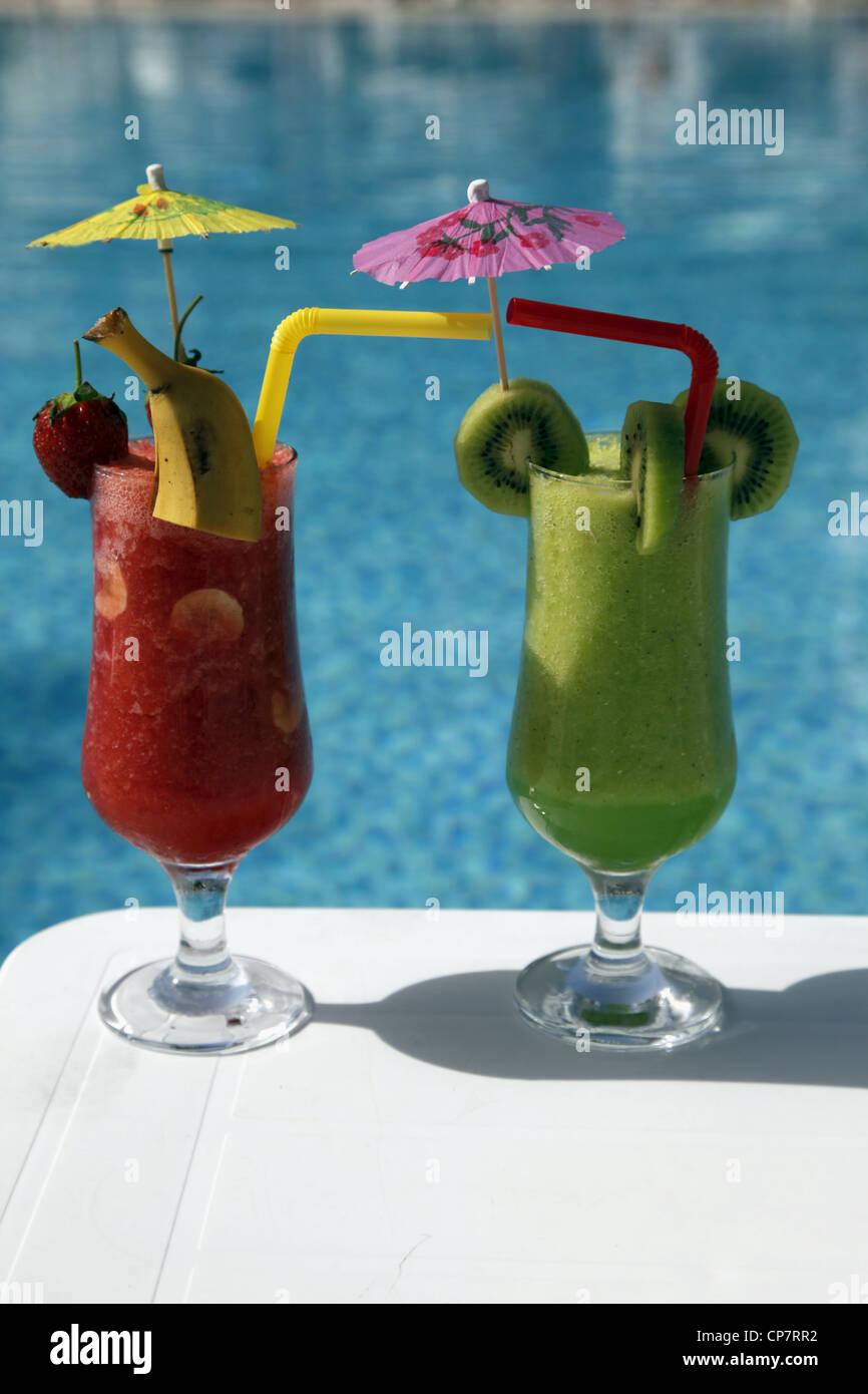 Erdbeere & KIWI Fruchtsaft Trinken SIDE Türkei 15. April 2012 Stockbild