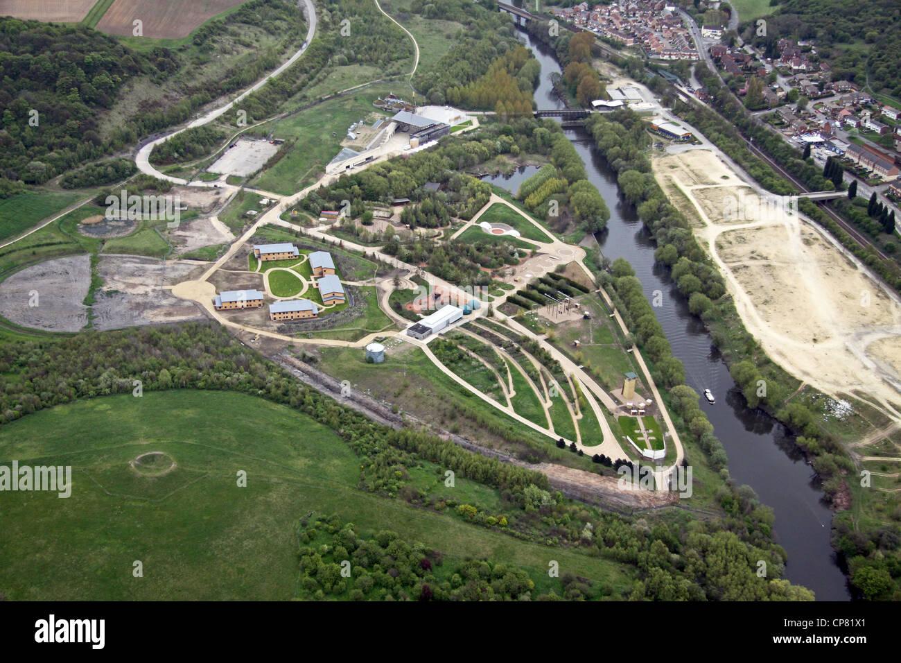 Luftaufnahme der Erde, jetzt geschlossen, bei Conisborough South Yorkshire Stockbild