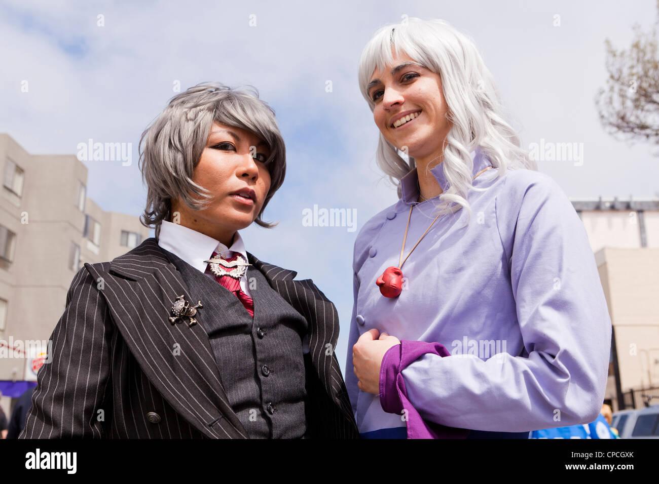 Junge Frauen gekleidet, wie Anime Zeichen bei japanischen Festival - San Francisco, Kalifornien, USA Stockbild
