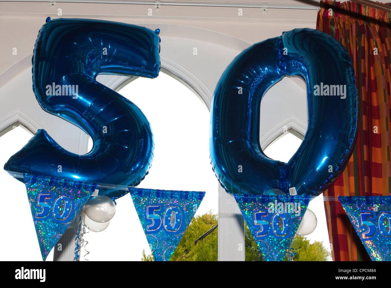 Fünfzig Feier Ballons (50. Geburtstag) Stockbild