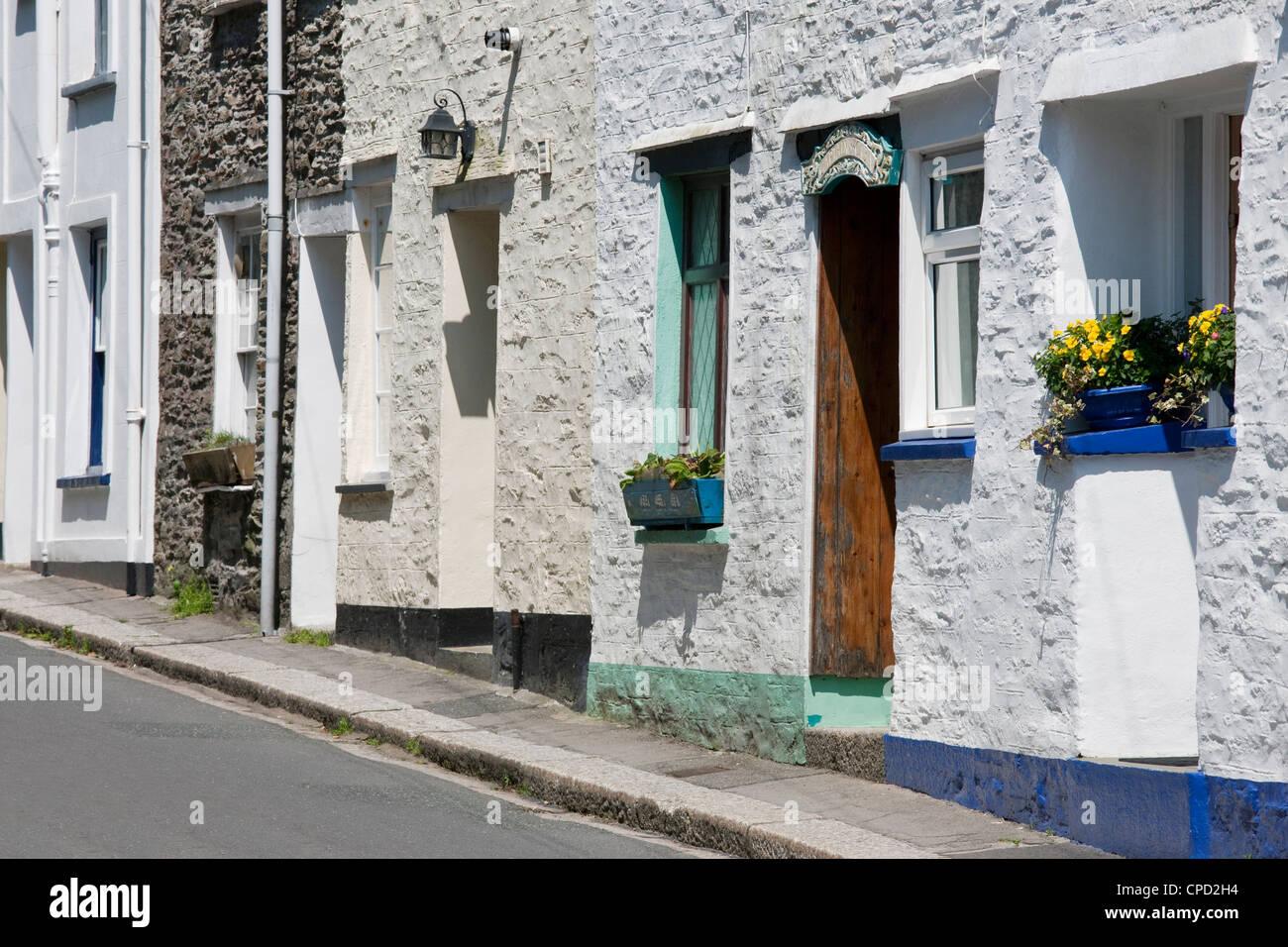 Traditionelle Häuser in einer Seitenstraße in Fowey, Cornwall, England, Vereinigtes Königreich, Europa Stockbild