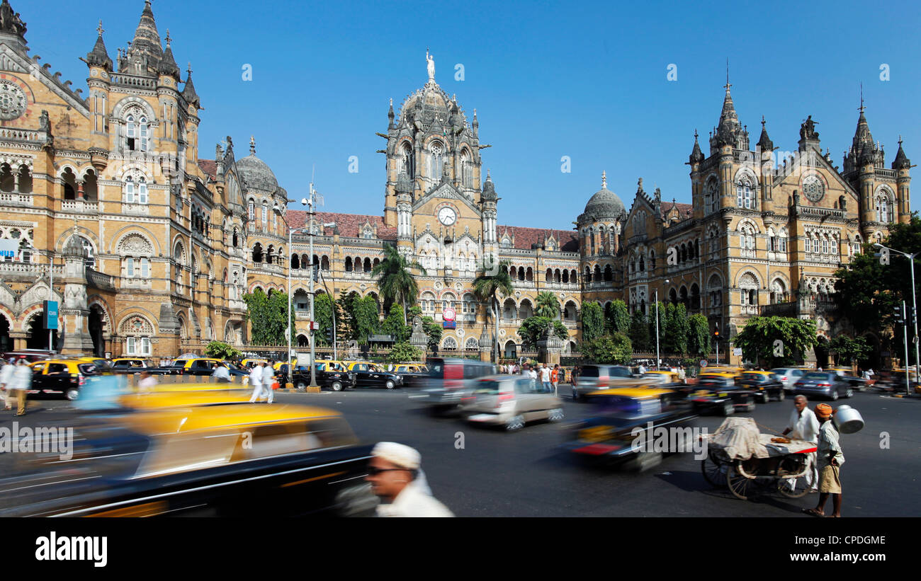 Chhatrapati Shivaji Terminus (Victoria Terminus), UNESCO-Weltkulturerbe, Mumbai, Maharashtra, Indien, Asien Stockbild