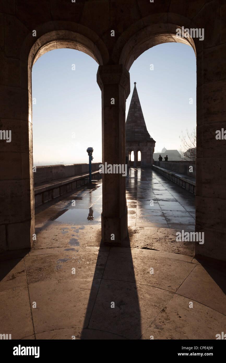 Mauern und der Turm der Fischerbastei (Halaszbastya), Buda, Budapest, Ungarn, Europa Stockbild