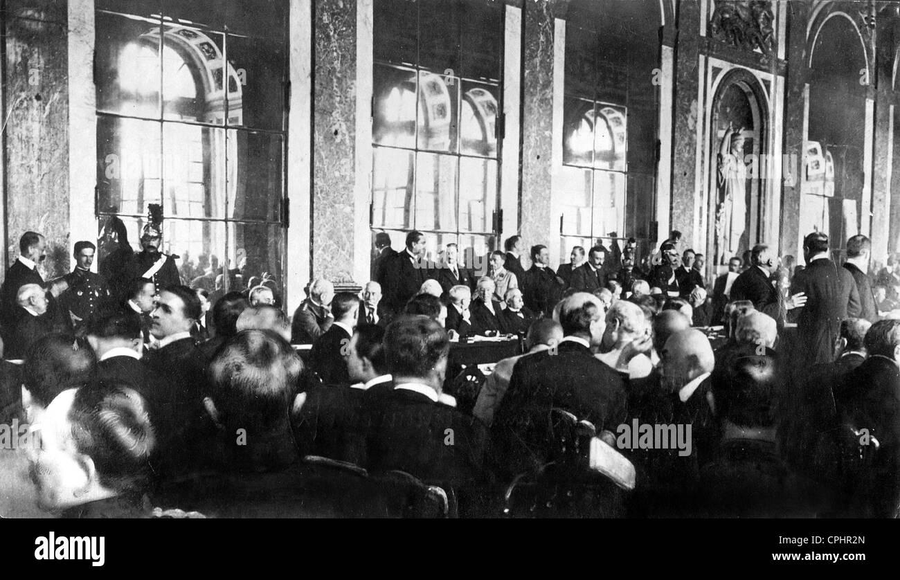 Woodrow Wilson Und Georges Clemenceau Unterzeichnen Den Vertrag Von
