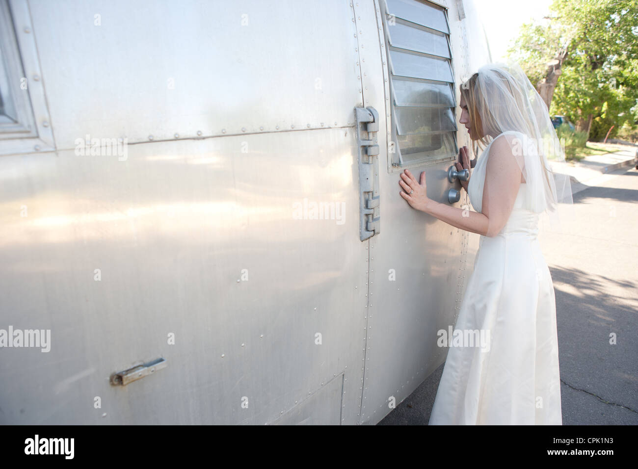 Wedding Look Stockfotos & Wedding Look Bilder - Alamy