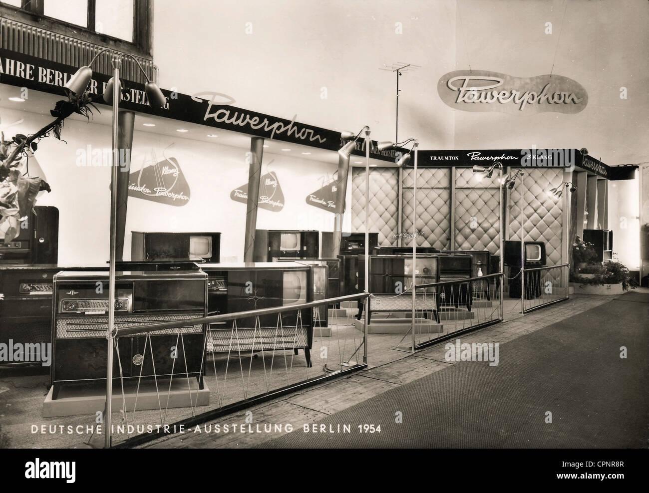 Ausstellungen, Messe Industrie die deutsche Industrie Ausstellung, stand der Pawerphon Unternehmen, Hersteller von Stockbild