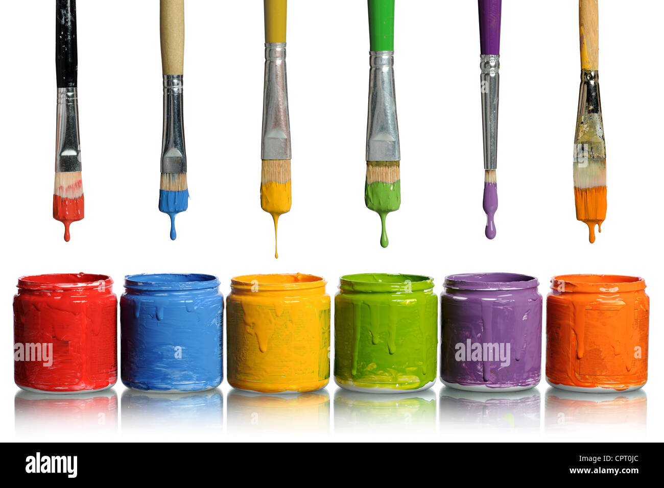 Pinsel Farbe in verschiedenen Farben in Behälter Tropfen Stockfoto