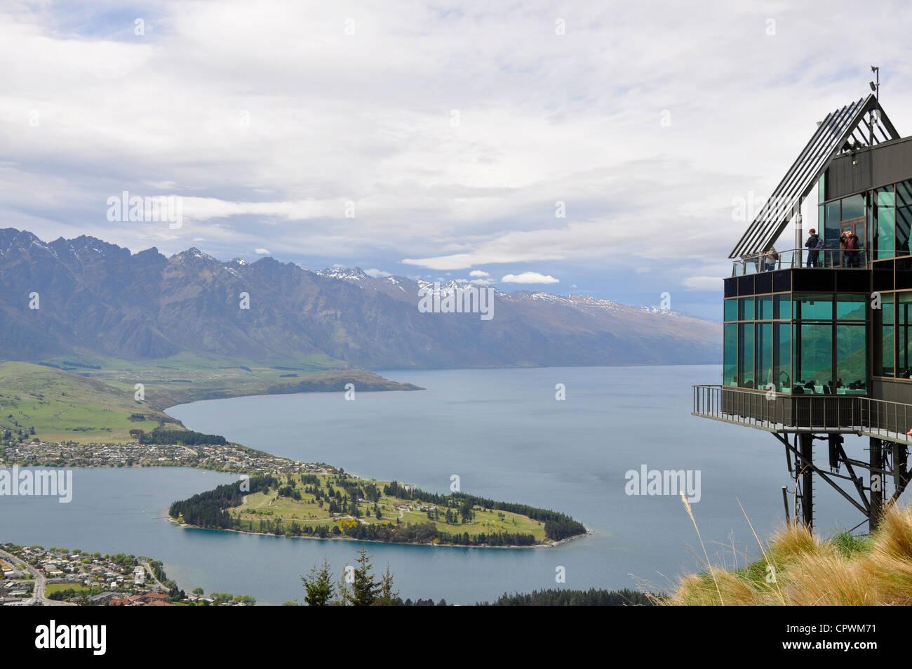 Klettersteig Queenstown : New zealand aerial lake stockfotos & bilder