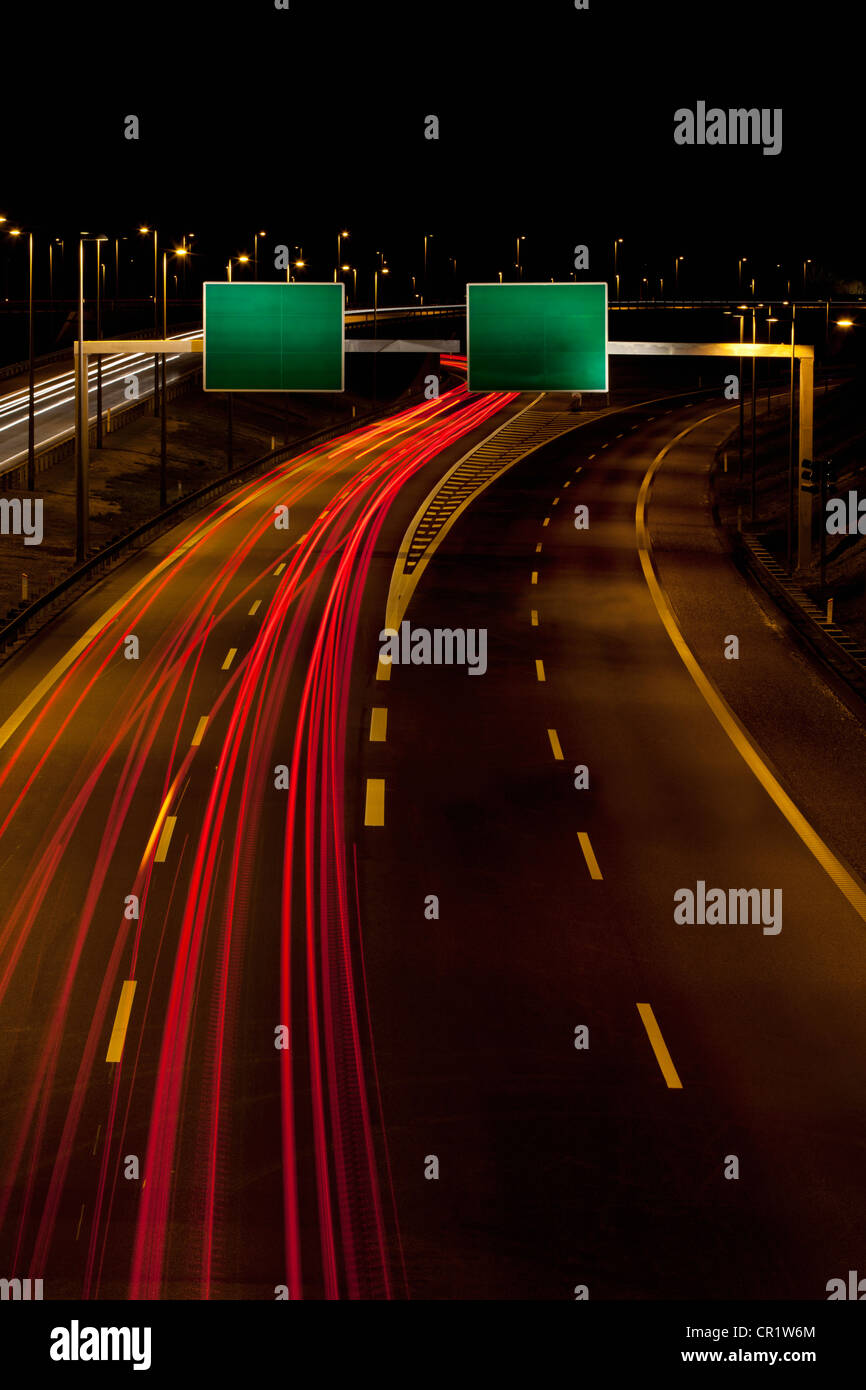 Time-Lapse Blick auf Verkehr auf der Autobahn Stockbild