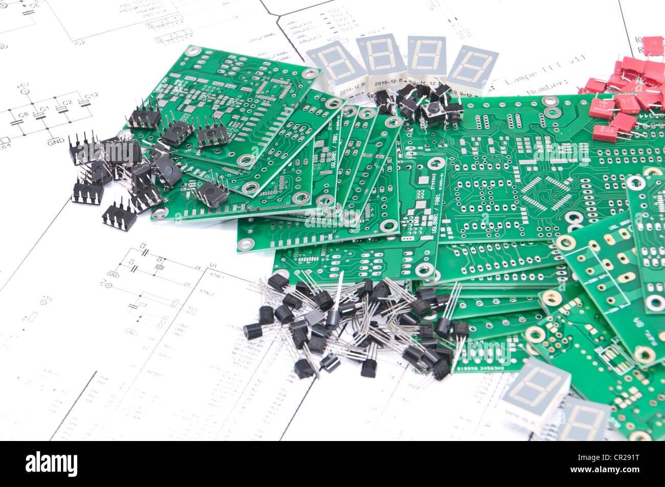 Fantastisch Namen Und Symbole Für Elektronische Komponenten Bilder ...