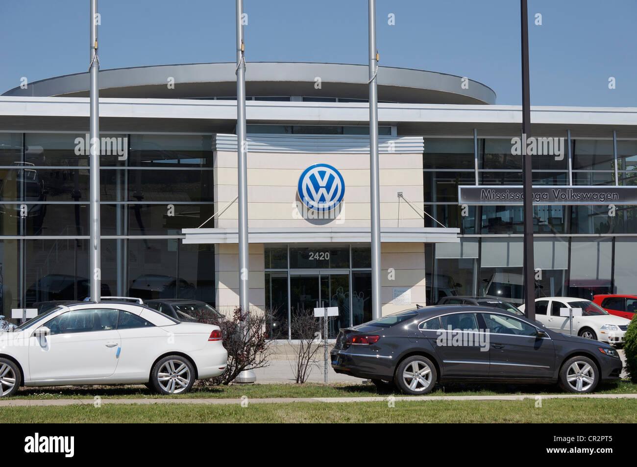 Volkswagen Autohaus Eingang Stockbild