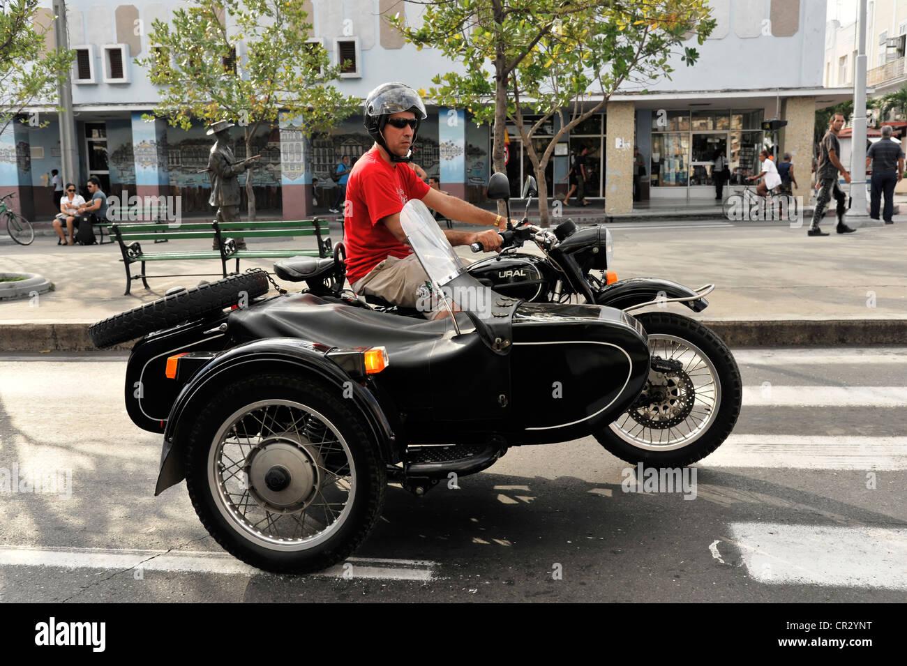 ural motorrad aus russland motorrad mit beiwagen. Black Bedroom Furniture Sets. Home Design Ideas