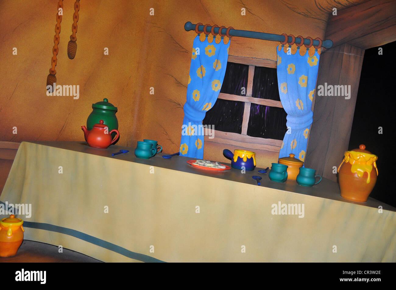 Amüsante Küche bei der Winnie The Pooh-Attraktion im Disneyland ...