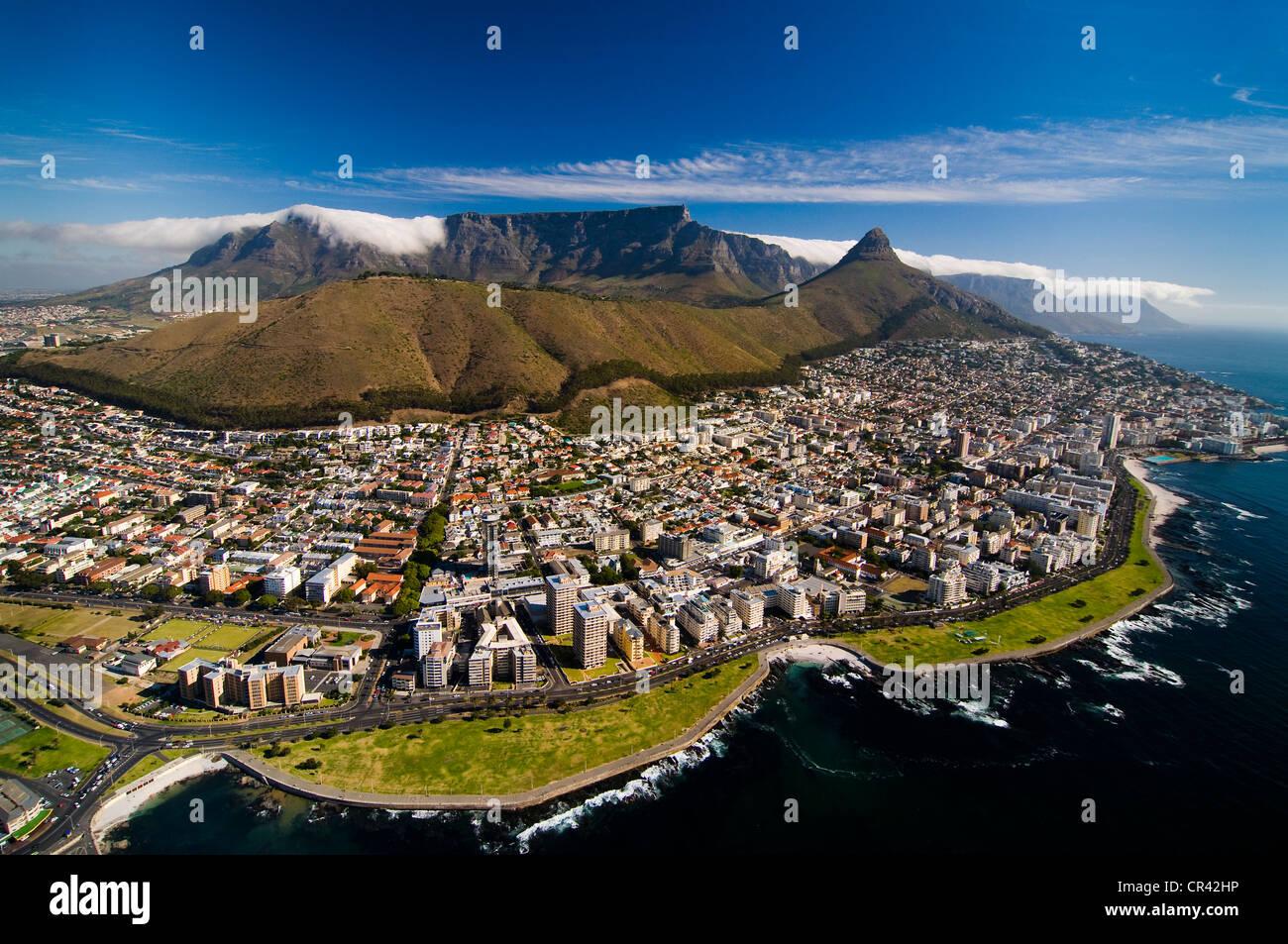 Table Mountain, Luftaufnahme, mit Blick auf Kapstadt, Western Cape, Südafrika, Afrika Stockbild