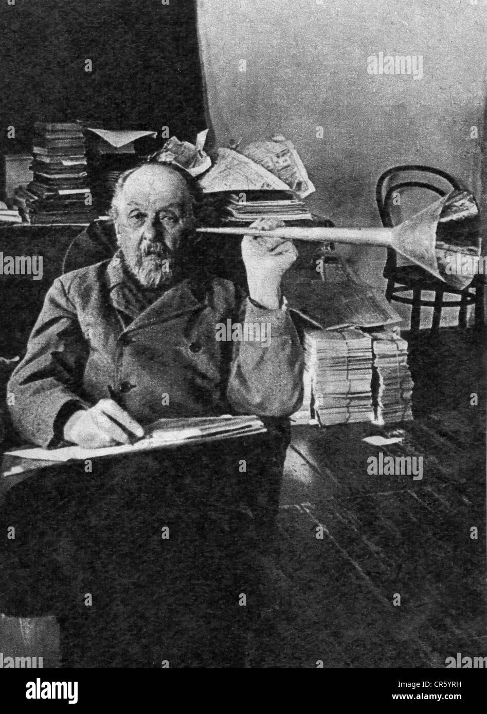 Tsiolkovskii, Konstantin Eduardovich, 17.9.1857 - 19.9.1935, russischer Physiker, Mathematikhistoriker, Pionier Stockfoto