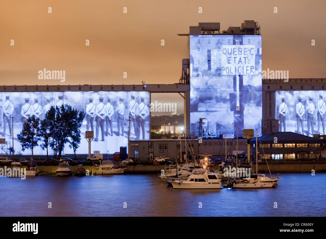 Kanada, Québec, Québec (Stadt), die Bilder-Mühle von Robert Lepage und Ex Machina, riesige Projektion Stockbild