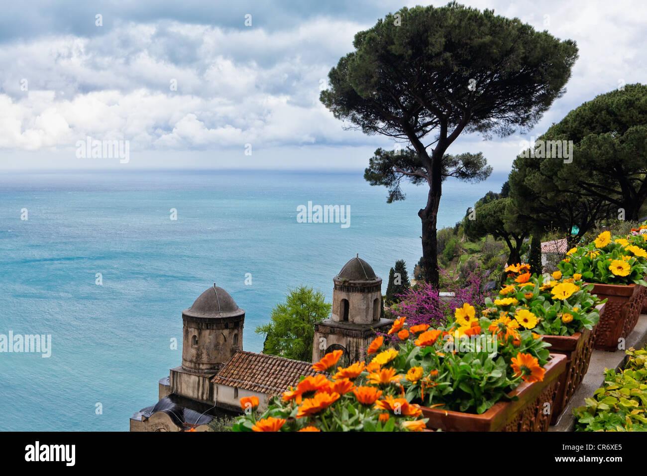 High Angle View von Villa Rufulo, Ravello, Kampanien, Italien Stockbild