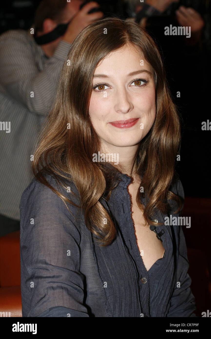 Lara, Alexandra Maria, * 12.11.1978, rumänisch-deutsche