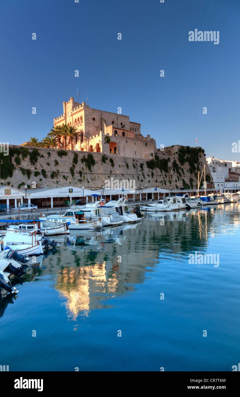 Spanien, Balearen, Menorca, Ciutadella, Altstadt und alten Hafen Stockfoto