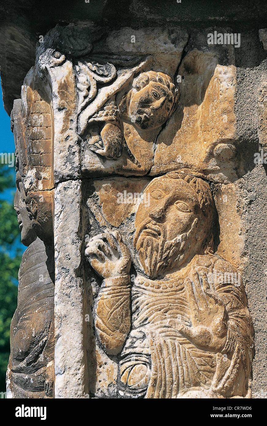 Frankreich, Haute Garonne, St Aventin, detaillierte Skulpturen der Kirche Stockbild