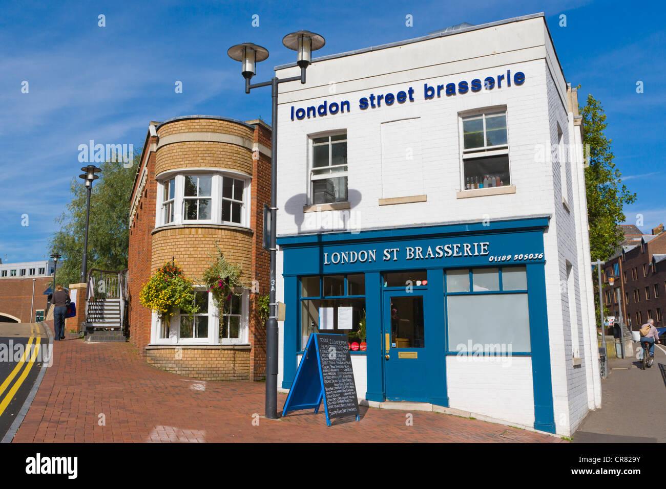 London Street Brasserie, Ertrag Halle Platz und London Street, Reading, Berkshire, England, Vereinigtes Königreich, Stockbild