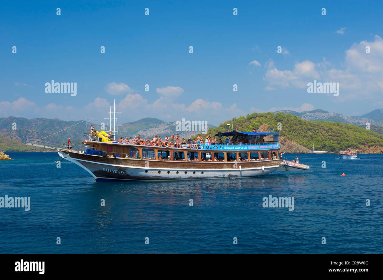 """""""Blaue Reise"""", Guellet-Entschuldigung-Boot an der türkischen Ägäis in der Nähe von Stockbild"""