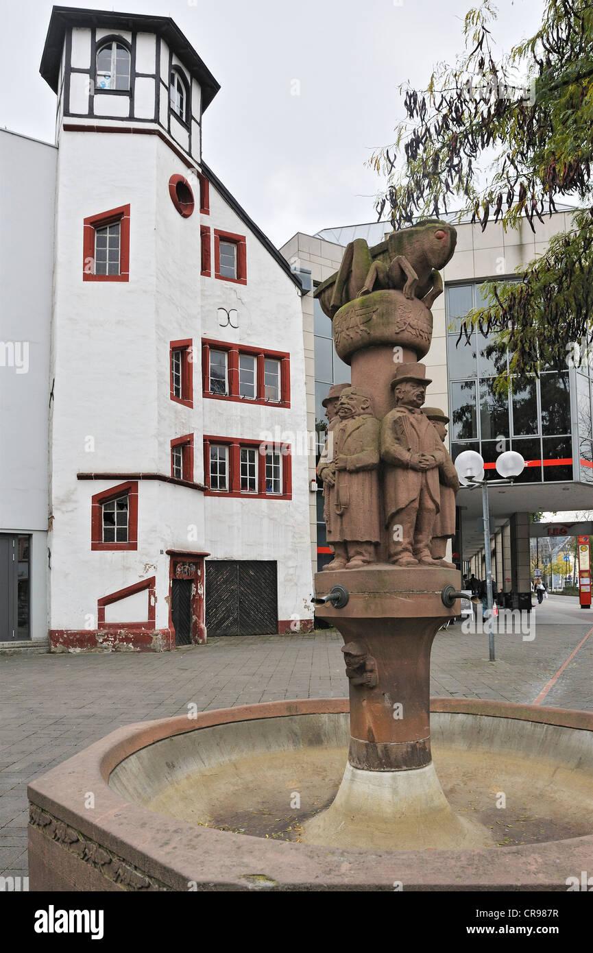 Heuschreck-Brunnen, Brunnen in Fleischstrasse Straße, Trier, Rheinland-Pfalz, Deutschland, Europa Stockbild