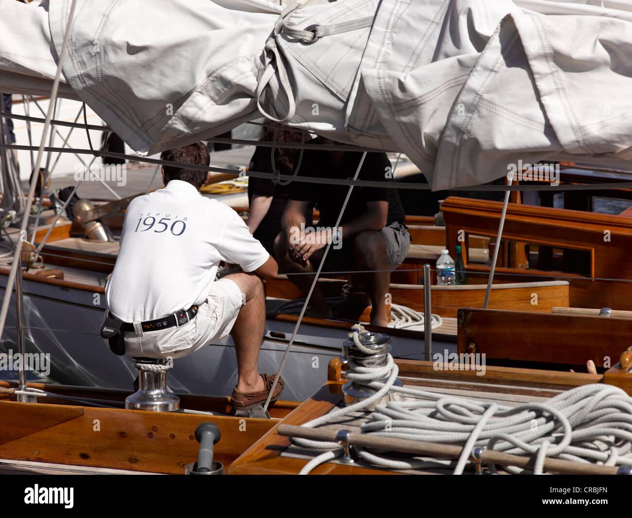 w hrend klassische yachten regatta les voiles du vieux port in marseille vom 14 17 juni 2012. Black Bedroom Furniture Sets. Home Design Ideas