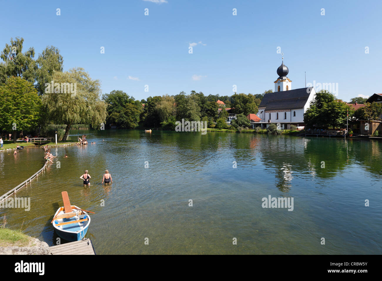 Truchtlaching und Fluss Alz, Gemeinde Seeon-Seebruck, Chiemgau, Upper Bavaria, Bavaria, Germany, Europe, PublicGround Stockbild