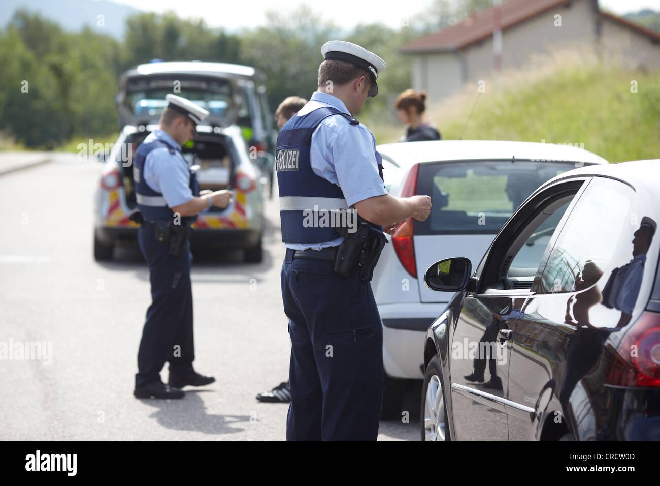 Polizei zu einem Verkehrsunfall tun zu stoppen, Koblenz, Rheinland-Pfalz, Deutschland, Europa Stockbild