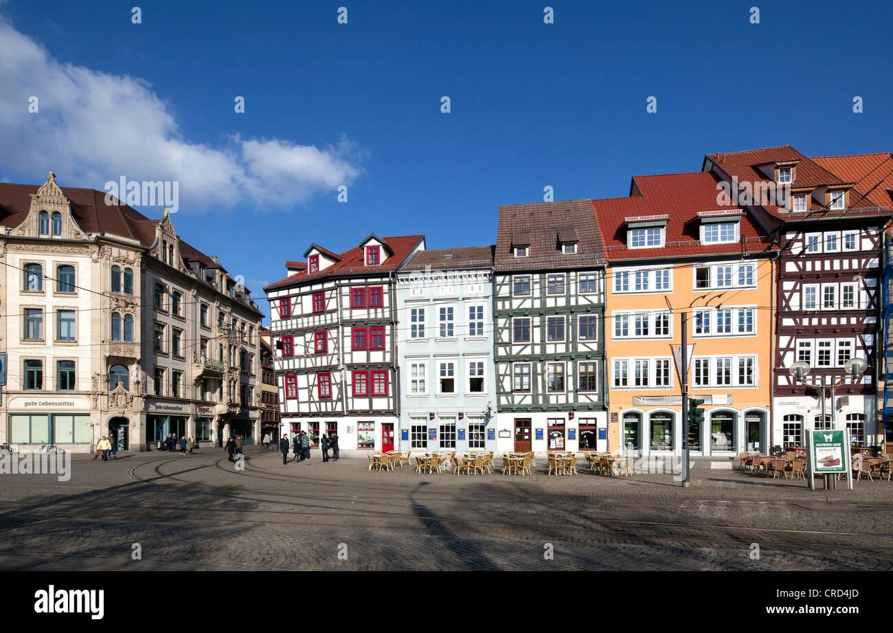 Gewerbebauten in quadratischen Domplatz, Erfurt, Thüringen, Deutschland, Europa, PublicGround Stockbild