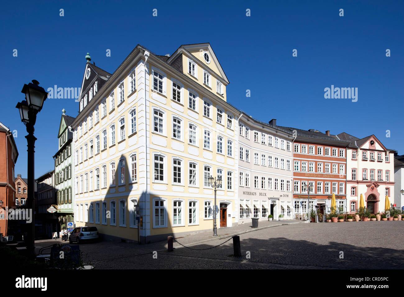 Gewerbliche Gebäude am Domplatz, Domplatz, Wetzlar, Hessen, Deutschland, Europa, PublicGround Stockbild
