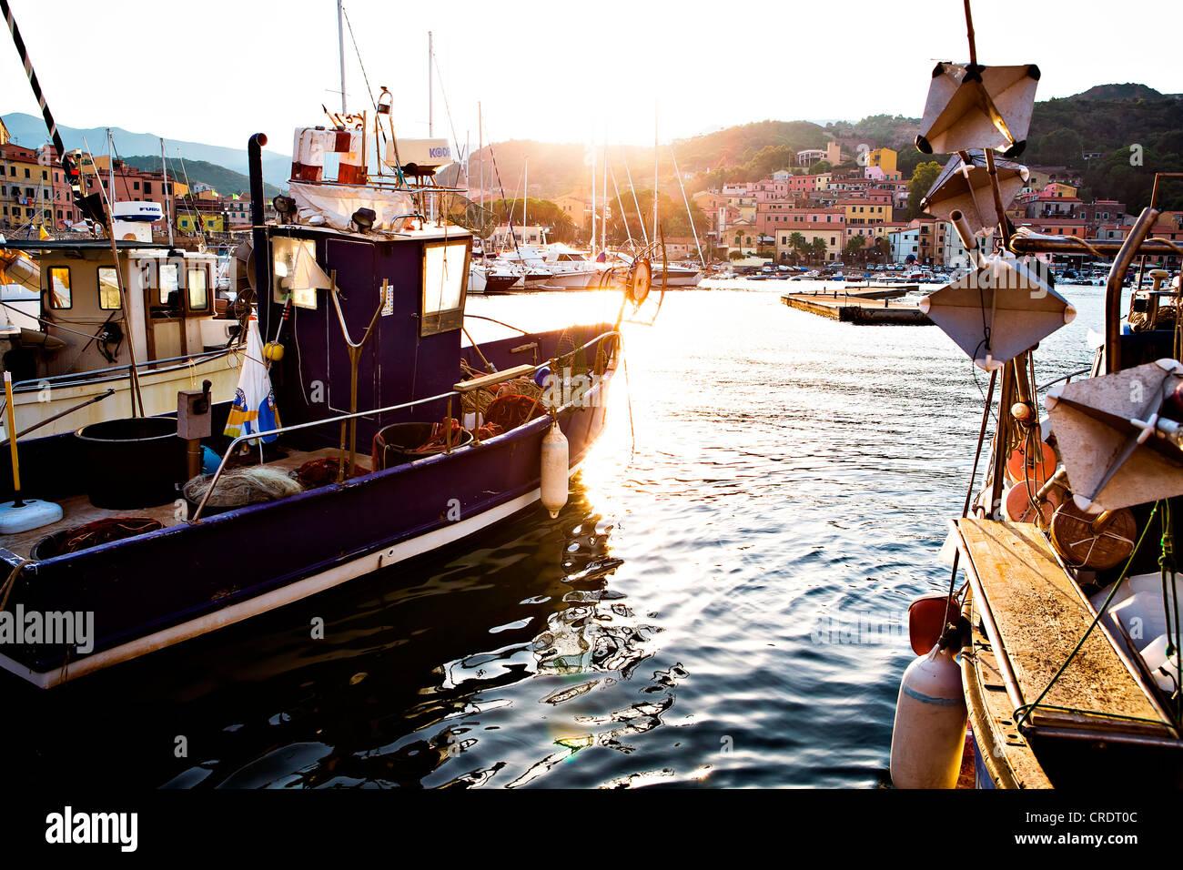 Hafen von Rio Marina, Insel Elba, Italien, Europa Stockbild