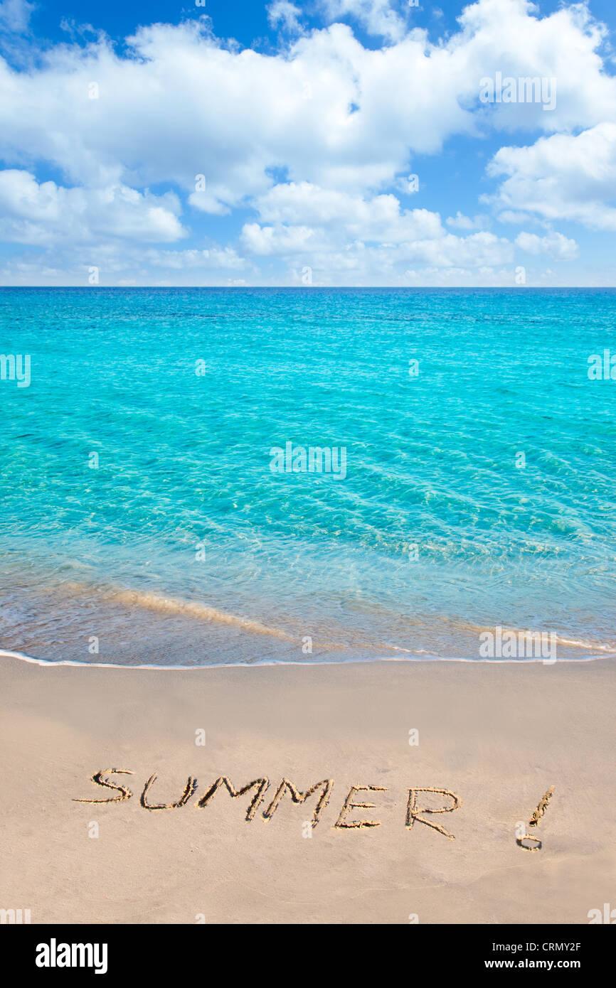 Karibik-tropischen Strand mit Sommer Wort in Sand geschrieben Stockbild