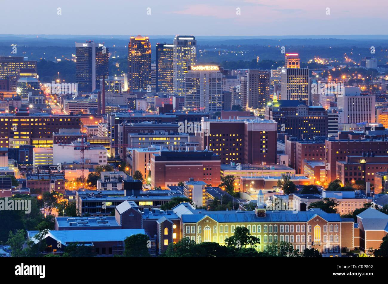 Metropolitan Skyline der Innenstadt von Birmingham, Alabama, USA. Stockbild