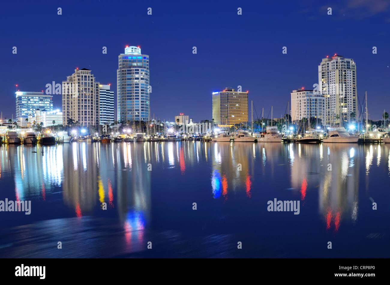 Skyline von Saint Petersburg, Florida Stockbild