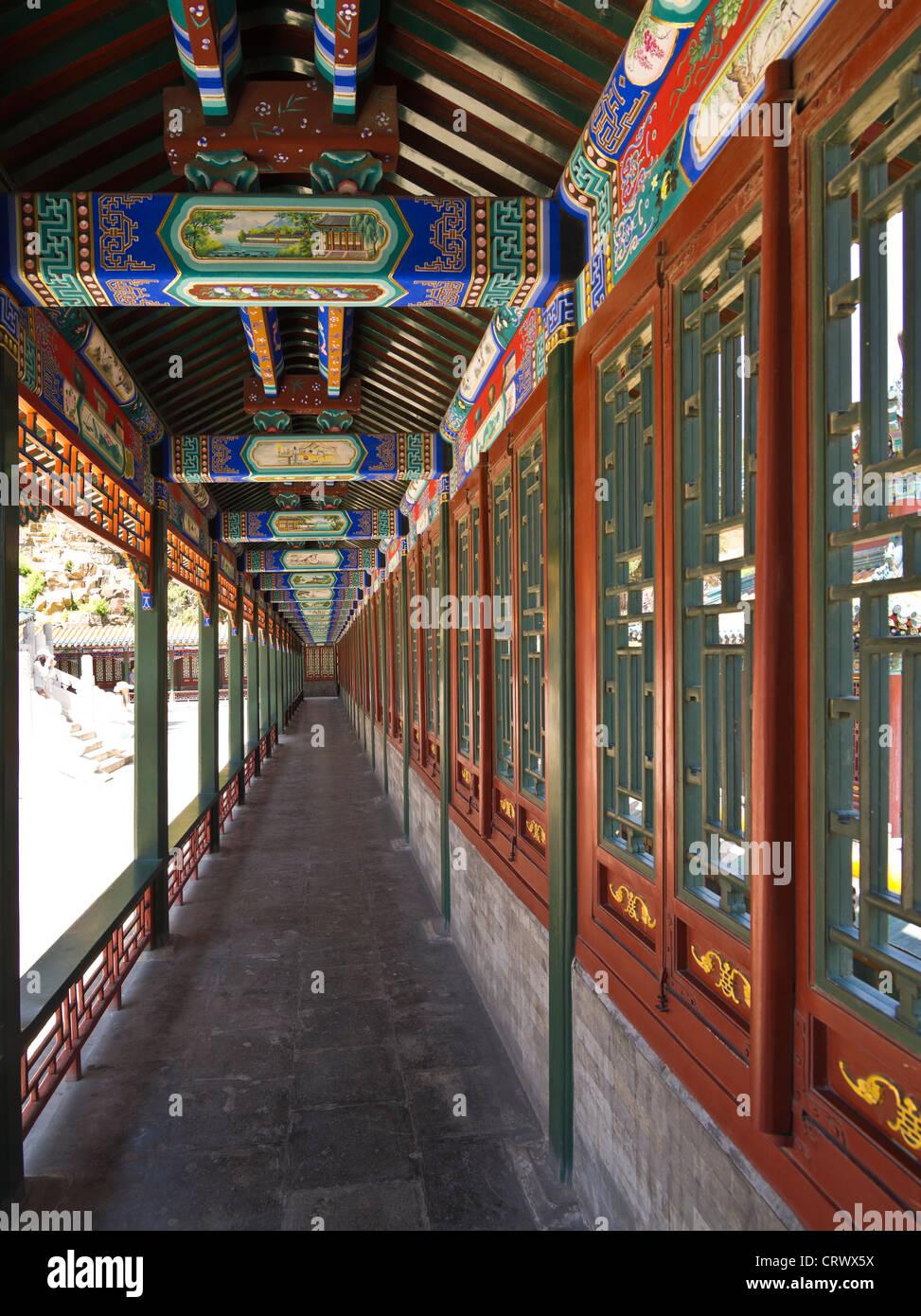 Korridor. Turm der Weihrauch zu Buddha. Der Sommerpalast. Beijing. China. Stockbild