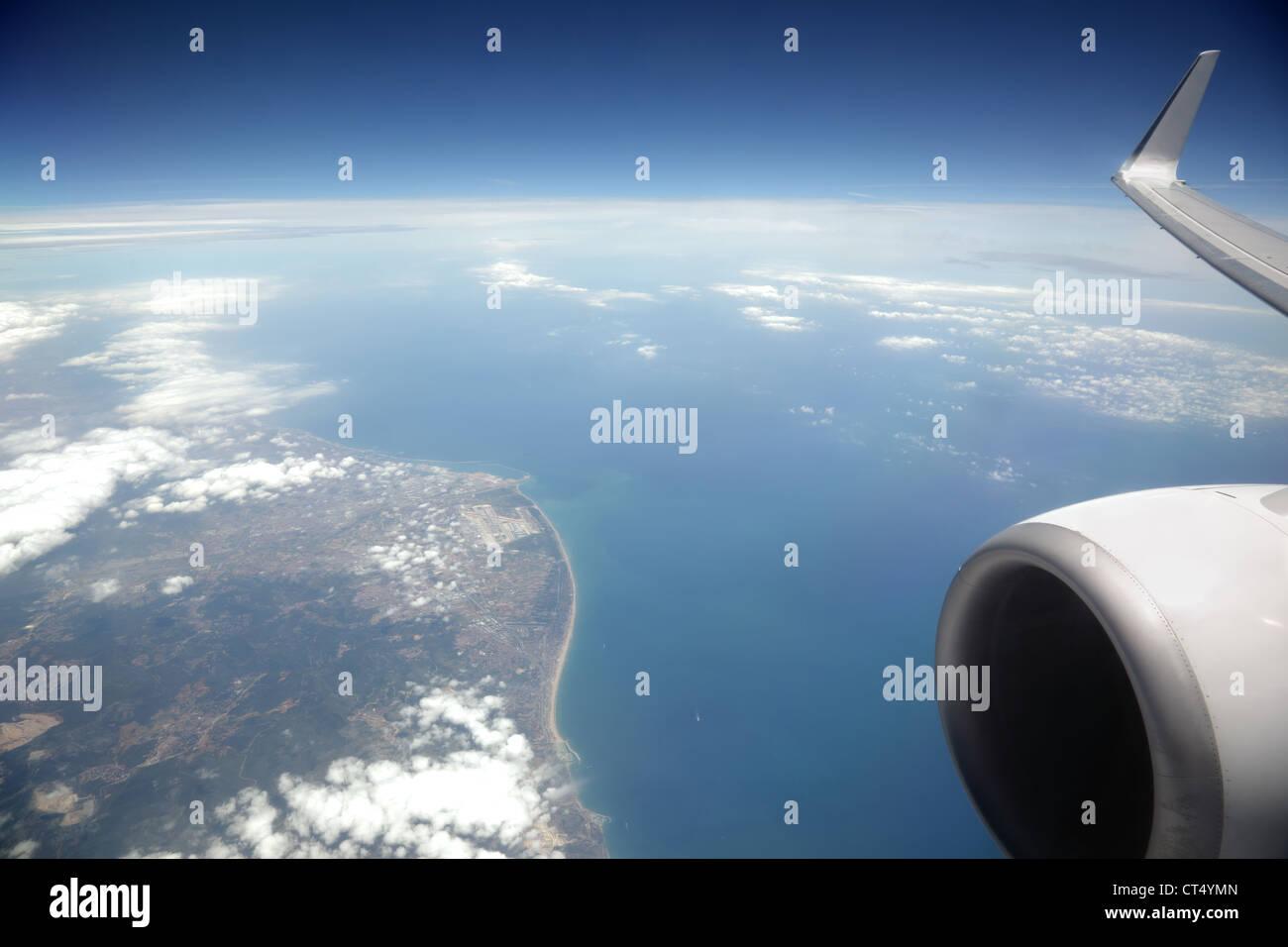 Flugzeugfenster Stockfoto, Bild: 49282037 - Alamy
