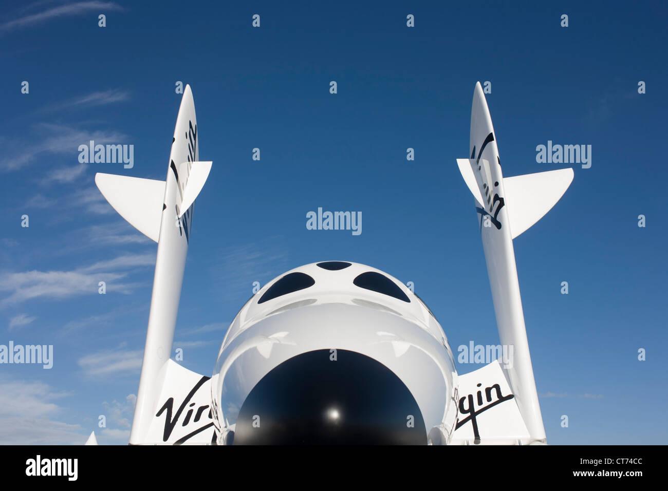 Modell von Virgin Galactic Tourismus Raumfahrzeug, SpaceShipTwo (SS2) auf der Farnborough Airshow. Stockbild