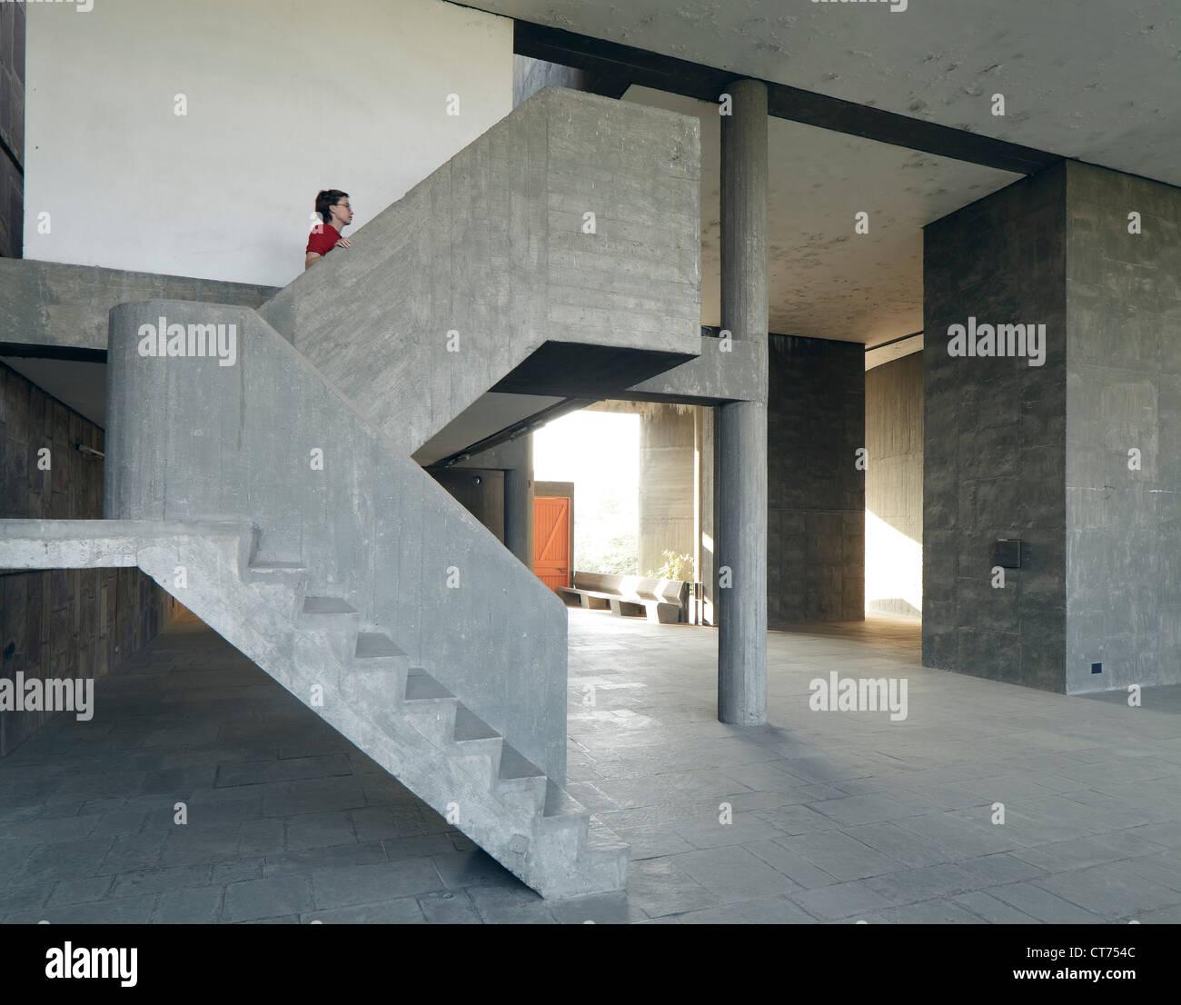 Treppe Ohne Geländer eigentümer verein mühlengebäude ahmedabad indien architekt le
