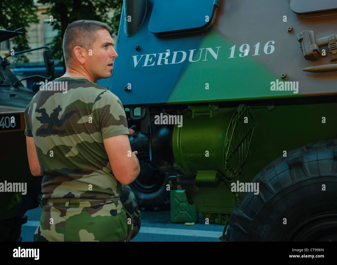 Armee Kerl Dating-Seite
