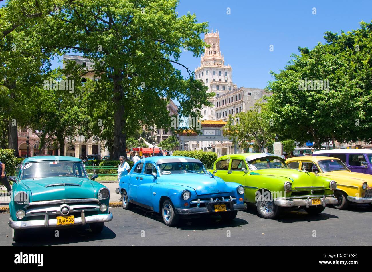 Oldtimer, Parque Central, La Havanna, Kuba Stockbild
