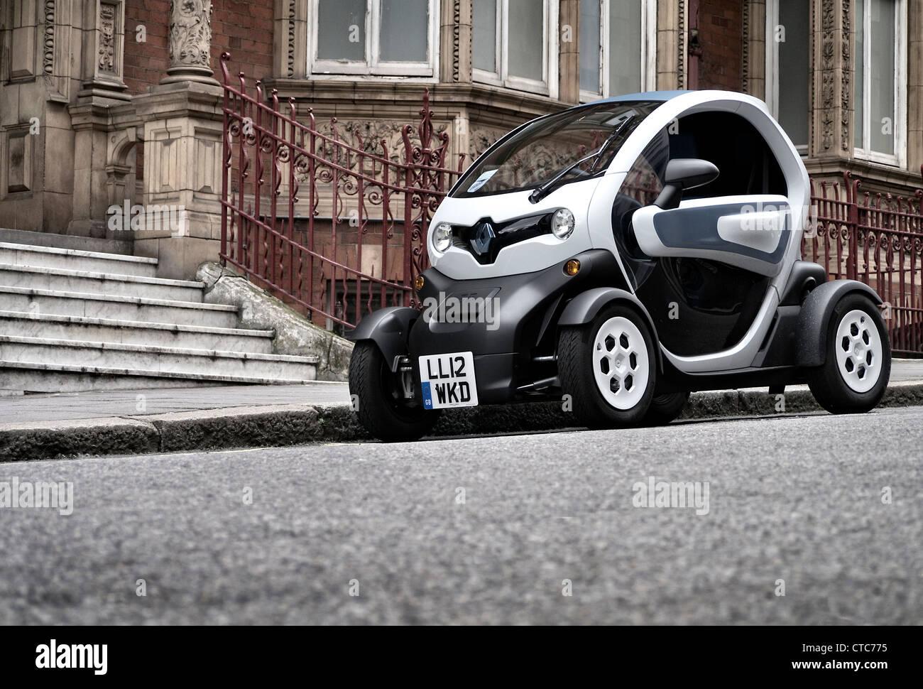 Renault Twizy Stadt Elektroauto auf einer Londoner Straße geparkt Stockbild