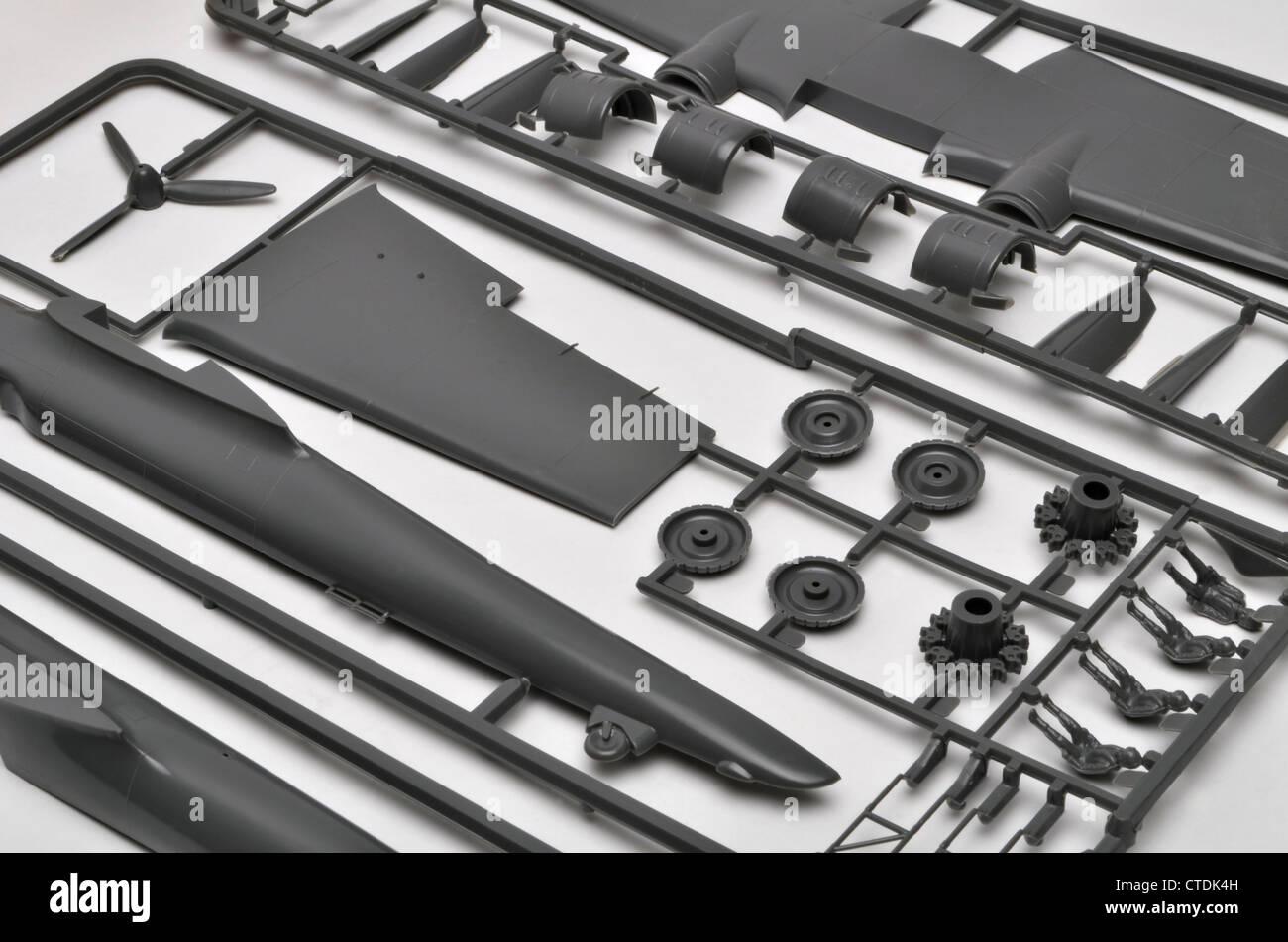Frosch 1/72 Skala Dornier-17 Polystyrol Plastikmodell Bau Kit Flugzeugteile auf Angüsse. Stockbild