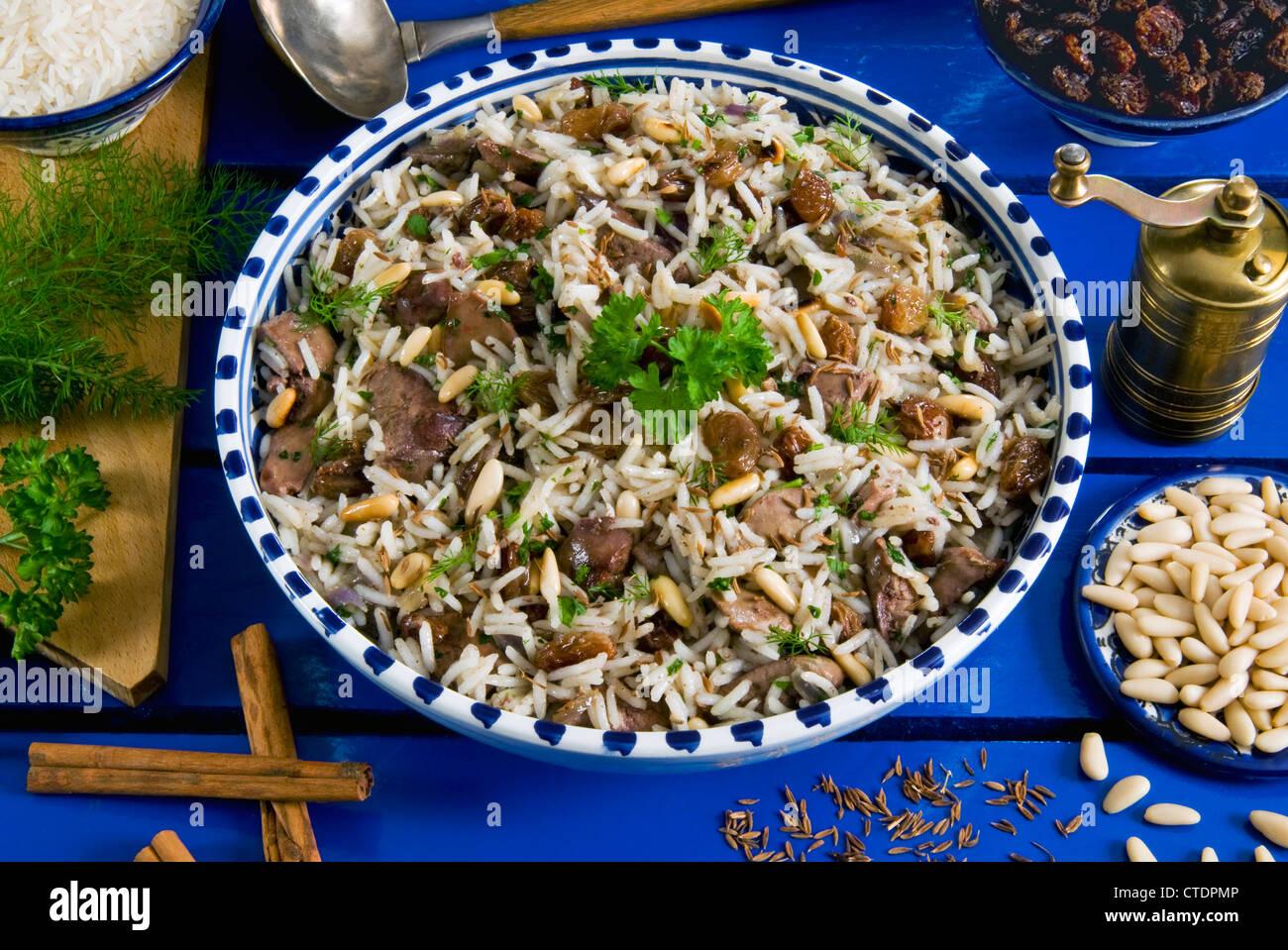 Türkische Küche Türkei   Ic Pilav Reis Mit Leber Rosinen Pinienkernen Zimt Turkische